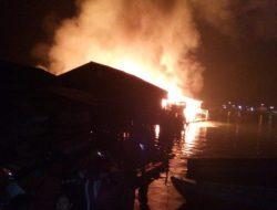 24 Rumah Terbakar di Pasir Bidang Sibolga, Ini Data Korban