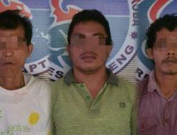 3 Pria Ini Tak Berkutik Saat Digerebek di Sebuah Pondok