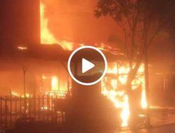 VIDEO: Kebakaran di Belakang Bekas Bioskop Tagor Sibolga, 1 Korban Terkena Luka Bakar