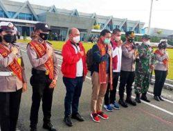 Sambut Menparekraf Sandiaga Uno di Bandara Silangit, Kapolres Taput: Kita Siap Sukseskan Program Pemerintah Pusat