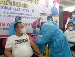Wali Kota dan Wakil Wali Kota Sibolga Disuntik Vaksin COVID-19