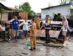 Breaking News: Puting Beliung Hantam Puluhan Rumah di Taput