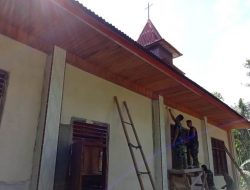 Warga Apresiasi Satgas TMMD Cat Gereja Ulu Bouso