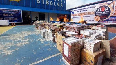 Rokok Senilai Rp 300 Jutaan Dibakar