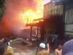 BREAKINGNEWS: Kebakaran Hebat Terjadi di Sibolga