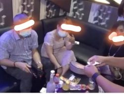 Fotonya beredar, Oknum Sekda dan Cewek Cantik Dikabarkan Ditangkap dari Tempat Hiburan Malam di Medan