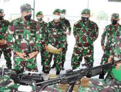 Danrem 023/KS Cek Kesiapan Prajurit Yonif 123/RW Satgas Pengamanan Perbatasan di Papua