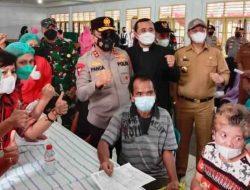 Danrem 023/KS dan Kapolda Sumut Tinjau Vaksinasi Massal di Tapanuli Utara